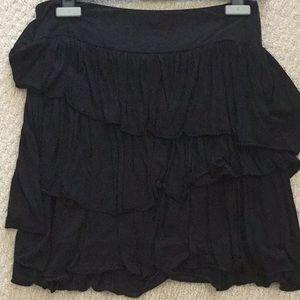 Banana Republic black ruffle skirt